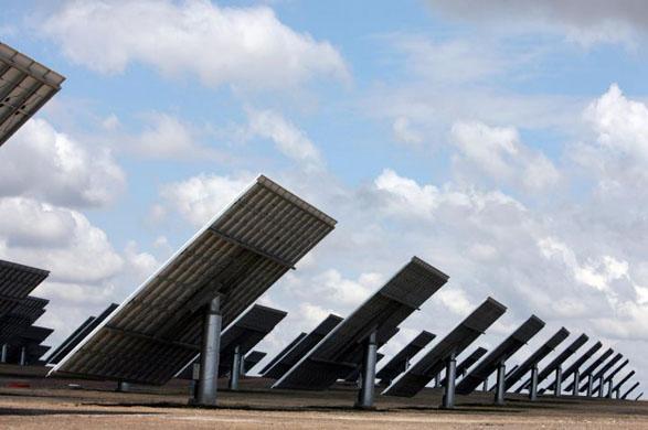 La centrale fotovoltaica di Amareleja, da guardian.co.uk