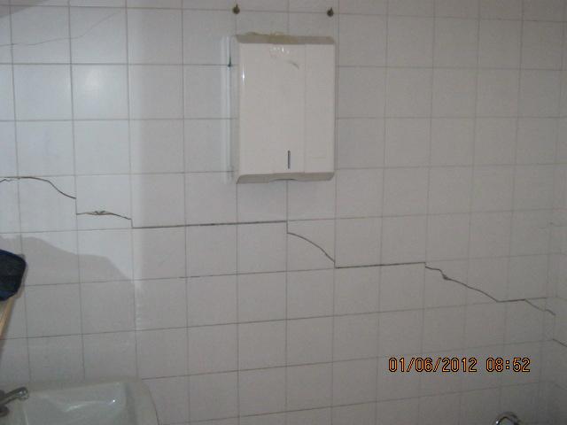 Crepa nel muro cosa fare se ne vedete una dopo il for Resina per crepe nei muri
